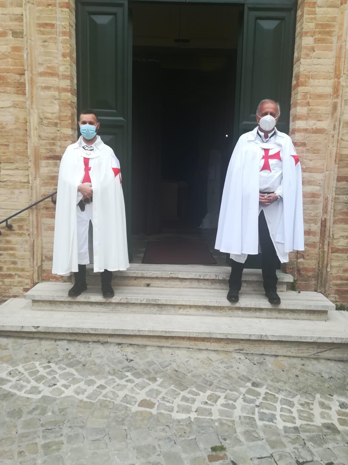 S. Messe di Pentecoste nella Chiesa Collegiata di San Lorenzo Martire a Montecosaro (MC)