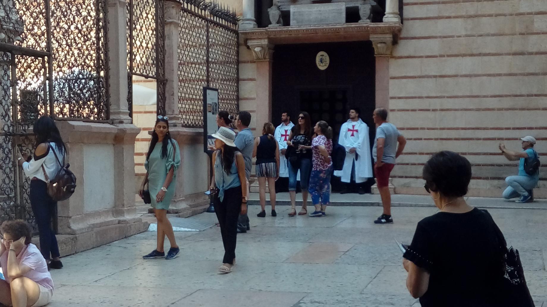 I Templari Cattolici d'Italia custodiscono la chiesa di Santa Maria Antica a Verona.