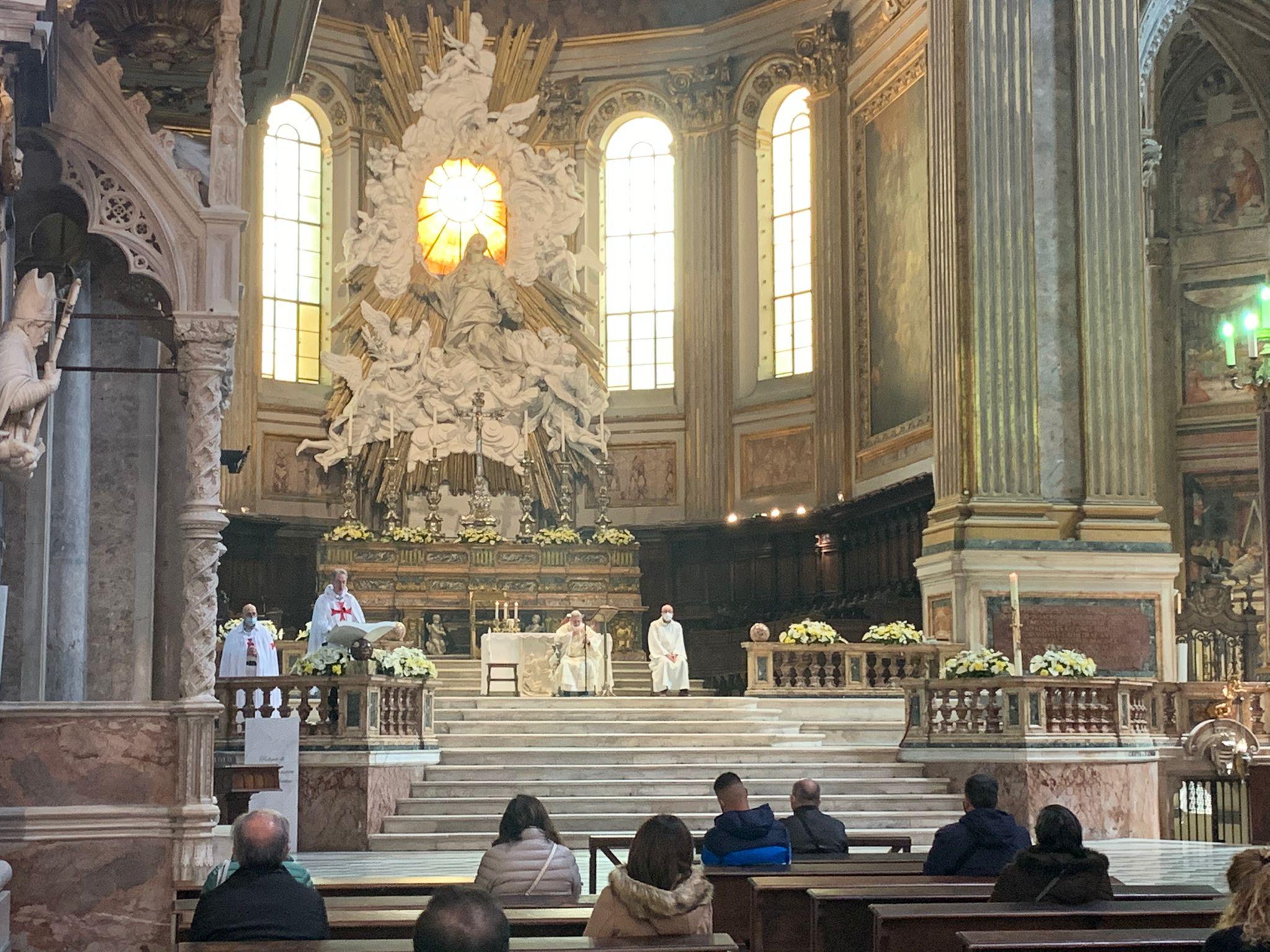 Santa Messa al Duomo di Napoli