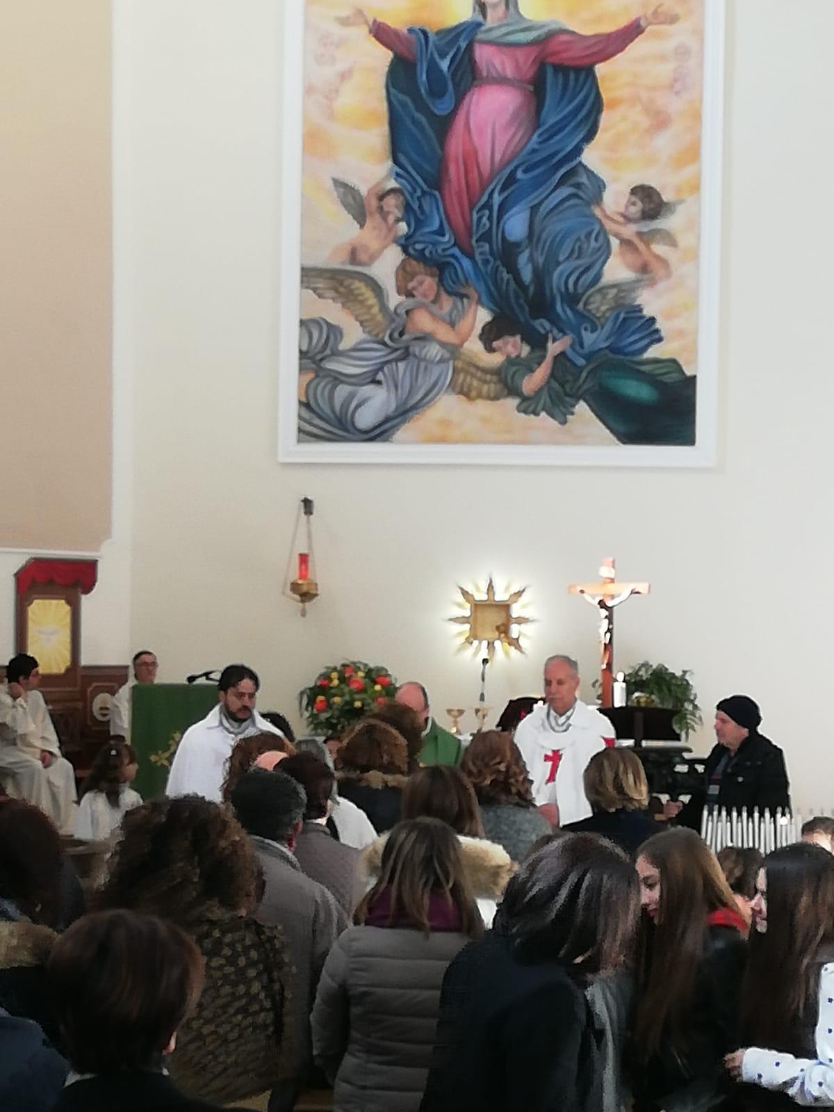 I Templari Cattolici d'Italia partecipano alla Celebrazione Eucaristica a Stalettì chiesa alla quale hanno donato il pulpito