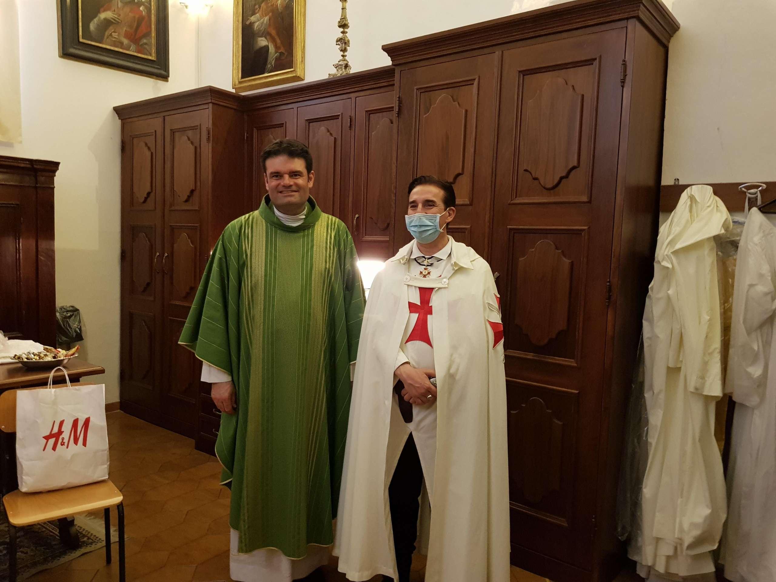 Sante Messe Domenicali – Chiesa Collegiata di San Lorenzo Martire – Montecosaro (MC)