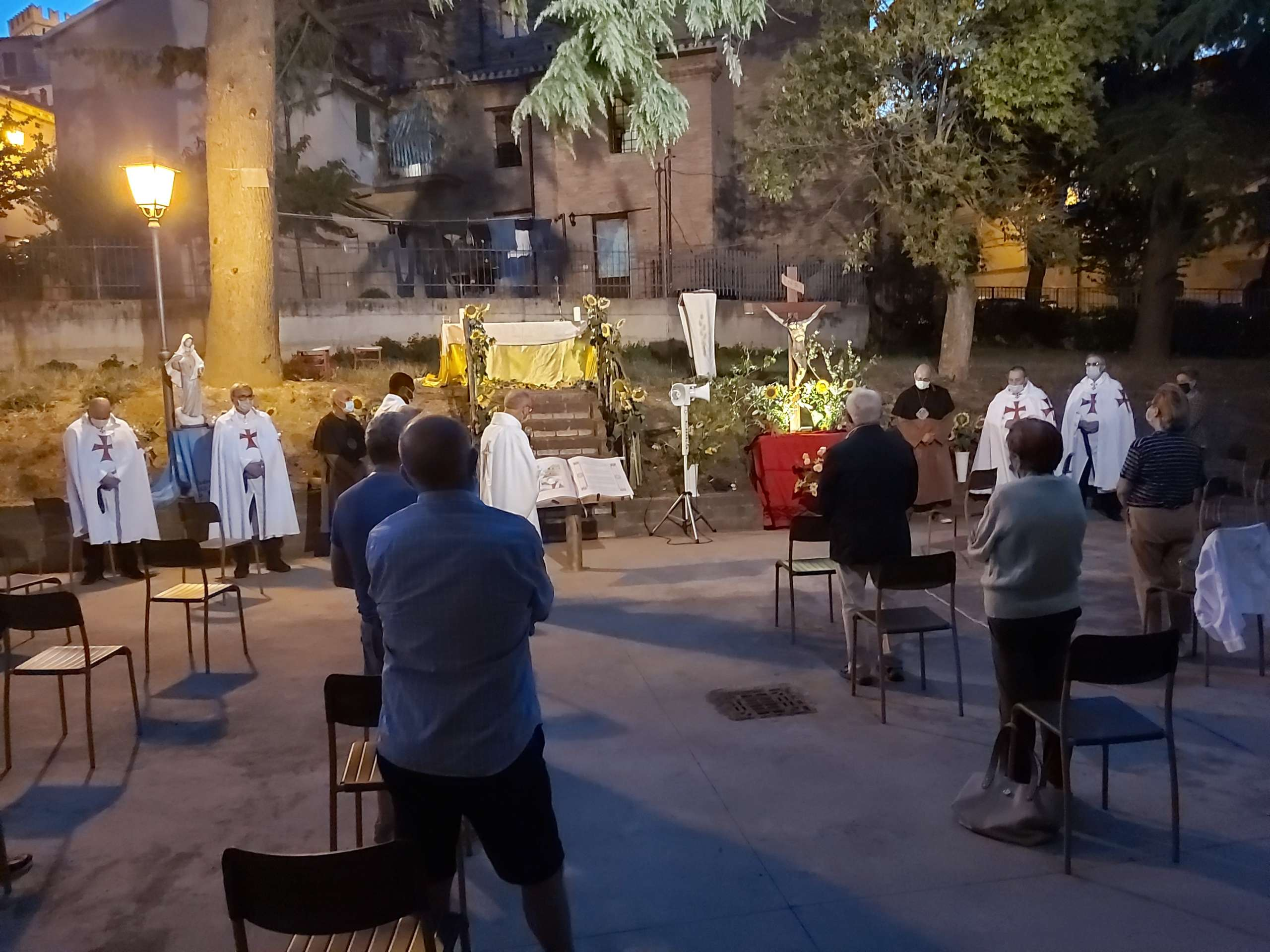 Nachtmesse für das Allerheiligste Sakrament – Offagna (AN)