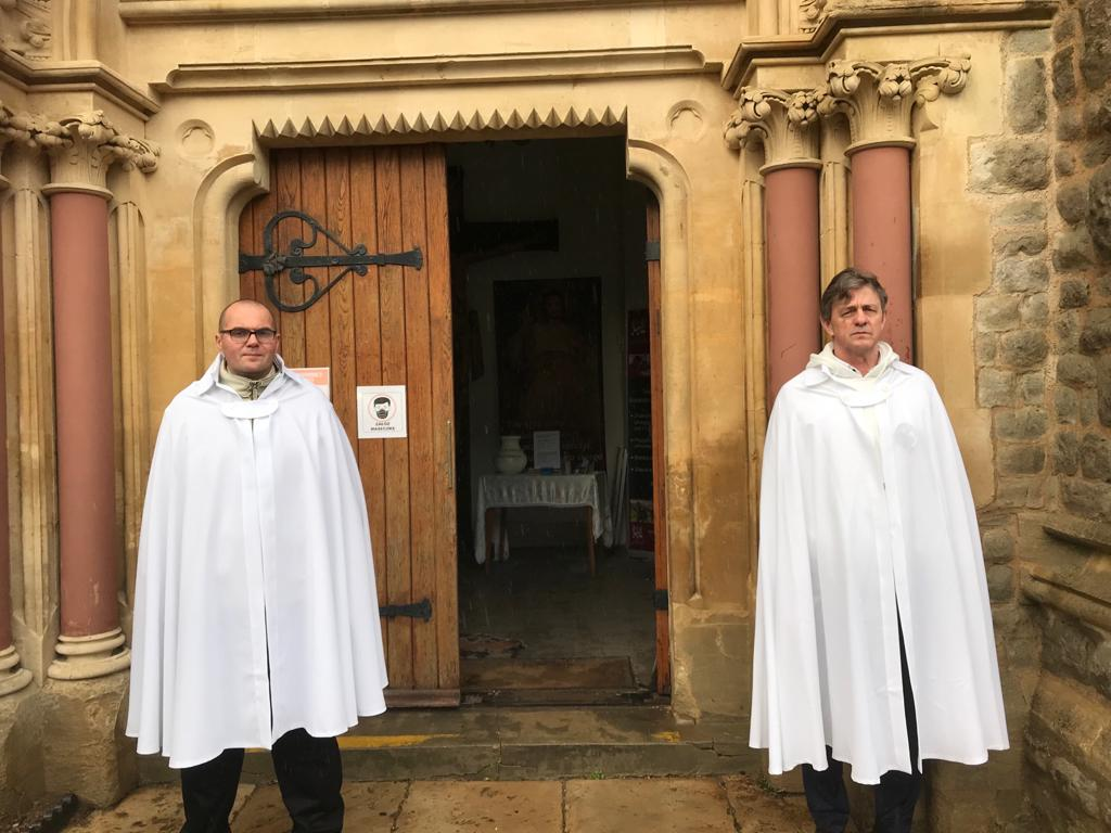 Holy Mass in Reading, Berkshire, and welcoming of new novices